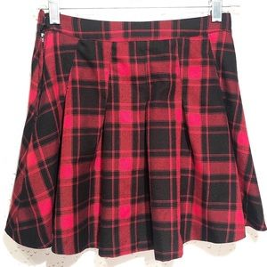 H & M Divided Pleated Plaid Skirt Schoolgirl Mini
